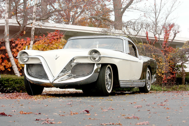 "Cadillac ""Die Valkyrie"" designed by Brooks Stevens (1954)"