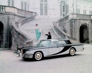 1959-Brook-Stevens-Olin-Aluminum-Scimitar-Town-Car-Phaeton-01