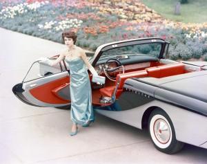 1959-Brooks-Stevens-Olin-Aluminum-Scimitar-2-Door-Hardtop-Convertible-02