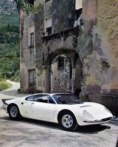 1966-Pininfarina-Ferrari-365P-Berlinetta-Speciale-01