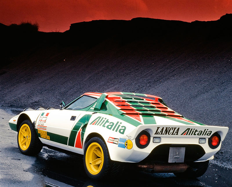 http://oldconceptcars.com/wp-content/uploads/Bertone_Lancia_Stratos_HF_prototype_coupe_15.jpg