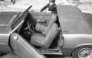 Ford_Maverick_Estate_Coupe_4