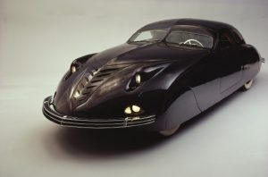 Phantom_Corsair_Six_Passenger_Coupe_1938_04