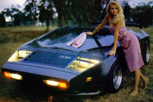 Vector_W2_Twin_Turbo_1988-89_Fashion-shots_04