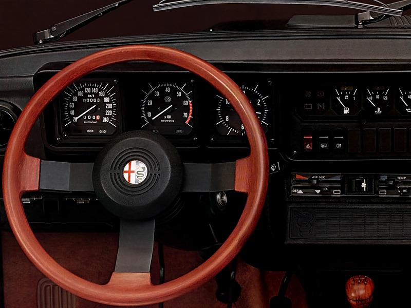 Alfa Romeo GTV 6 25 116 198083 Old Concept Cars