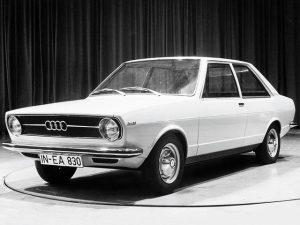 audi-80-prototype-1969-01