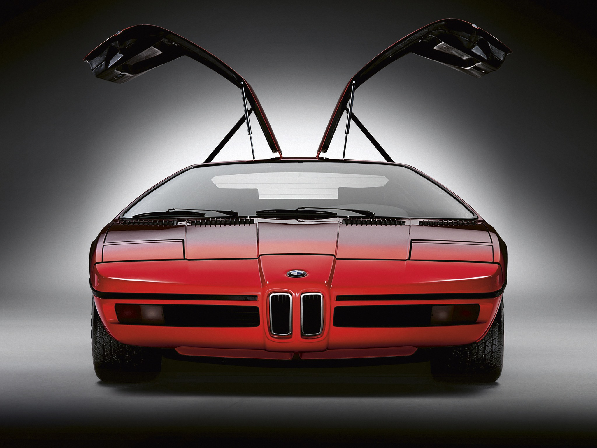 http://oldconceptcars.com/wp-content/uploads/bmw_turbo_concept_7.jpg