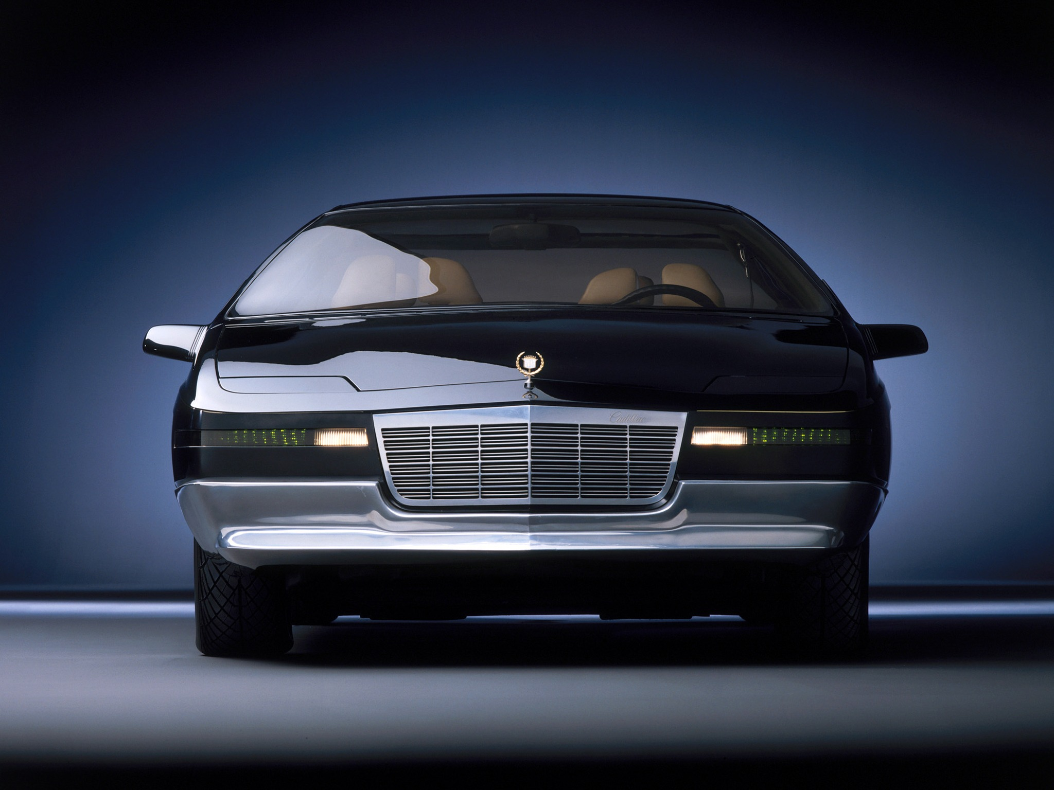 Cadillac Voyage 1988 Old Concept Cars