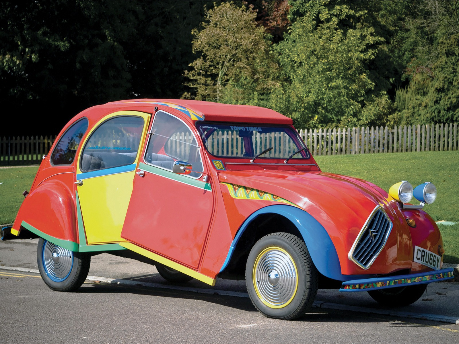 citro n 2cv6 picasso citro n by andy saunders 1983 old concept cars. Black Bedroom Furniture Sets. Home Design Ideas