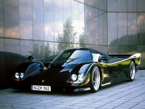 dauer_962_lm_road_car_16