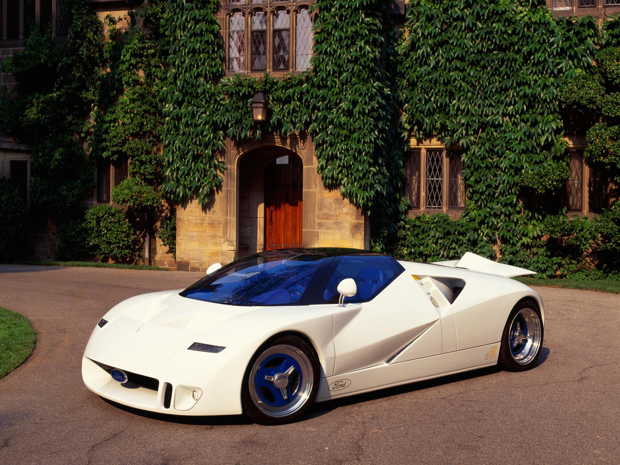 Ford GT90 Concept (1995)