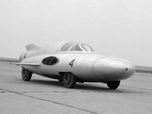 gaz tr strela 4 300x225 GAZ TR Arrow (1954)