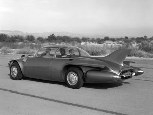 gm_firebird_ii_concept_car_04