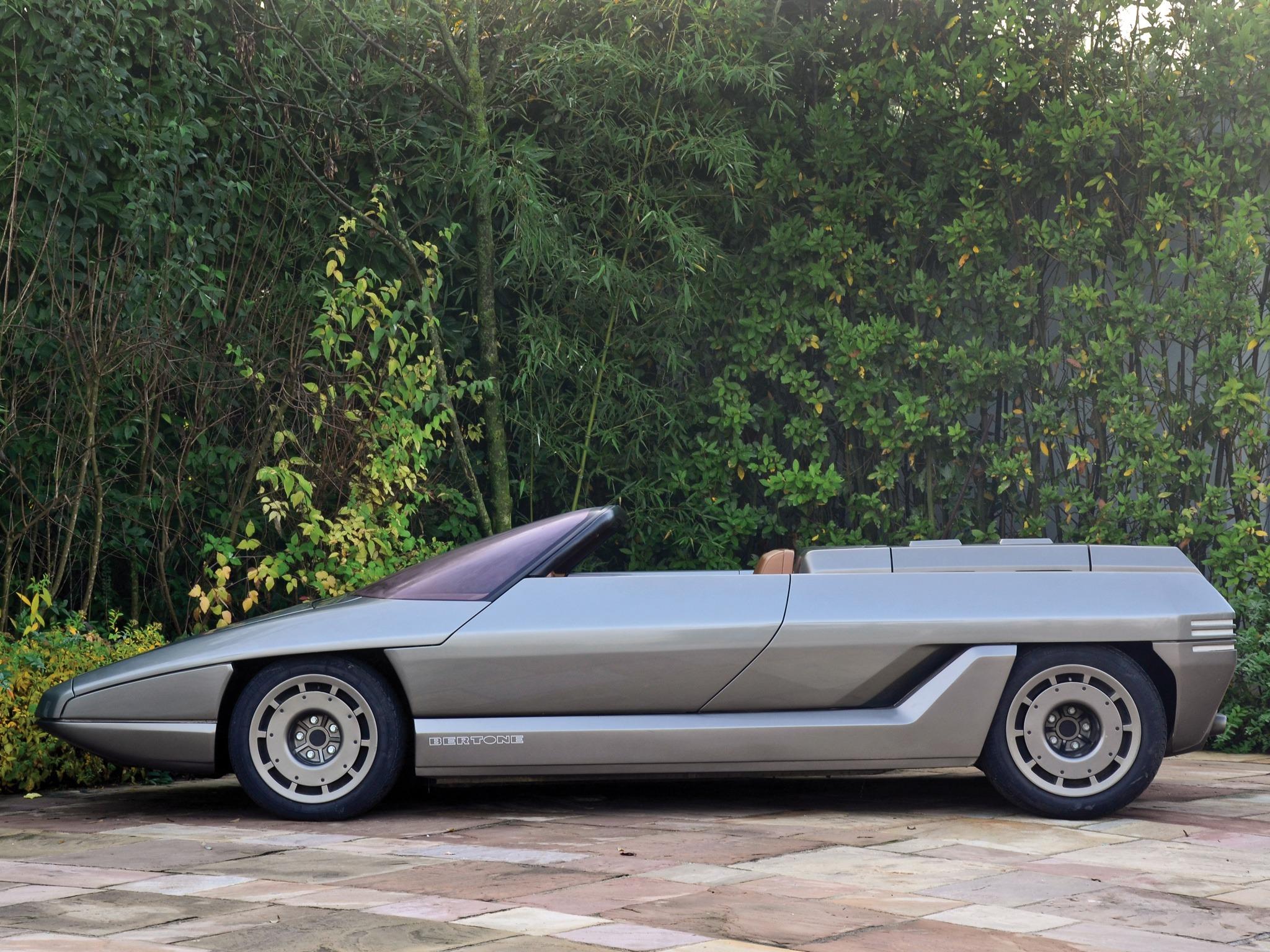 """[Concepts] Les """"vieux"""" concepts ! - Page 23 Lamborghini_athon_speedster_concept_7"""