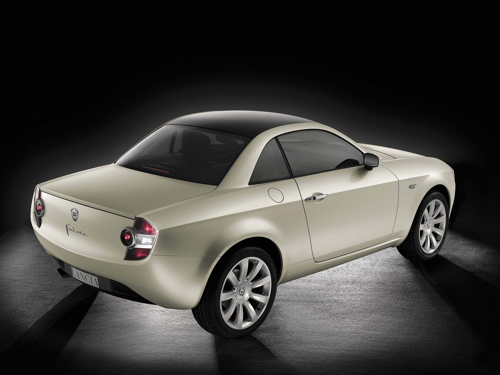 http://oldconceptcars.com/wp-content/uploads/lancia_fulvia_coupe_concept_4.jpg