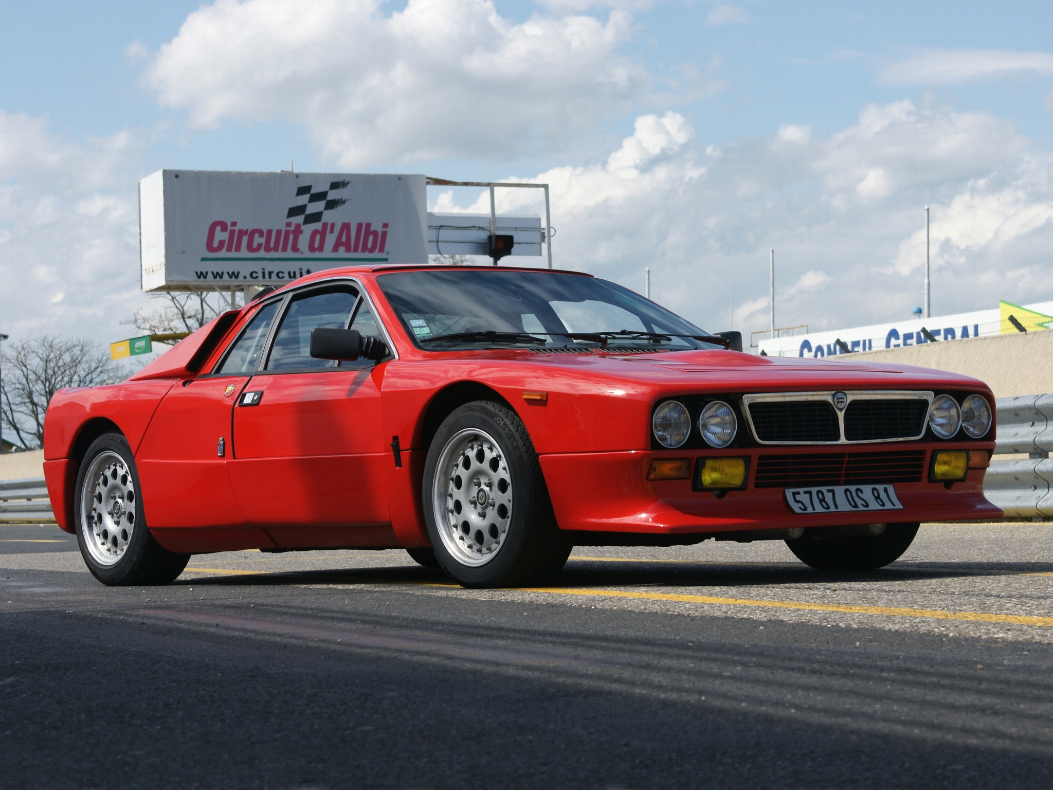 http://oldconceptcars.com/wp-content/uploads/lancia_rally_037_stradale_concept_4.jpg