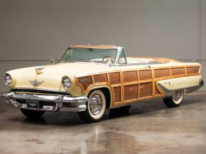 lincoln_capri_woodie_sportsman_convertible_show_car_1