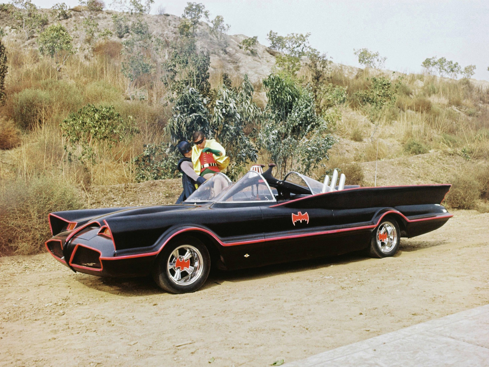 Lincoln Futura Batmobile by Barris Kustom (1966) – Old Concept Cars