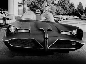 lincoln_futura_batmobile_by_barris_kustom_11