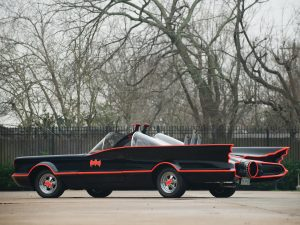 lincoln_futura_batmobile_by_barris_kustom_3