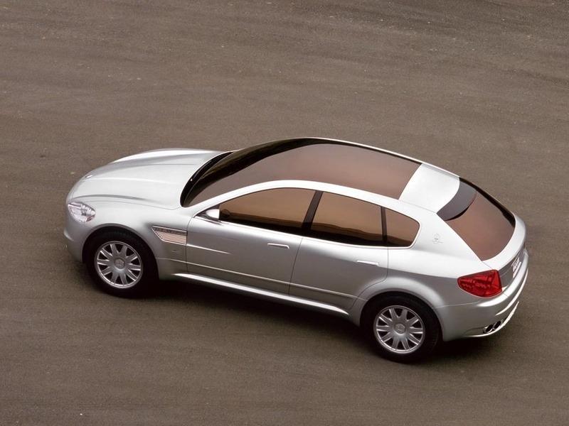 http://oldconceptcars.com/wp-content/uploads/maserati_kubang_gt_wagon_concept_2.jpg