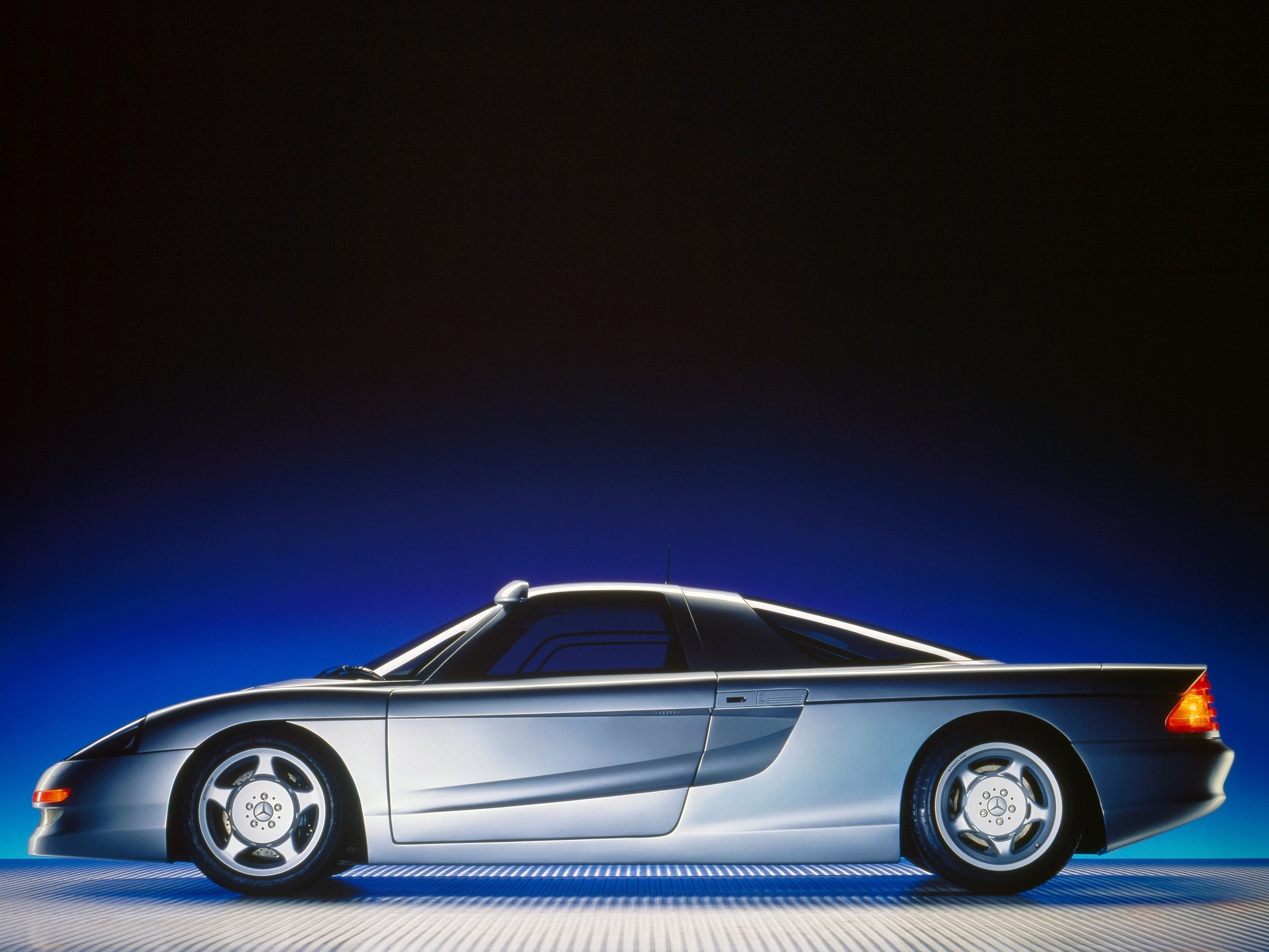 Top 5 Fastest Cars >> Mercedes-Benz C112 Concept (1991) - Old Concept Cars