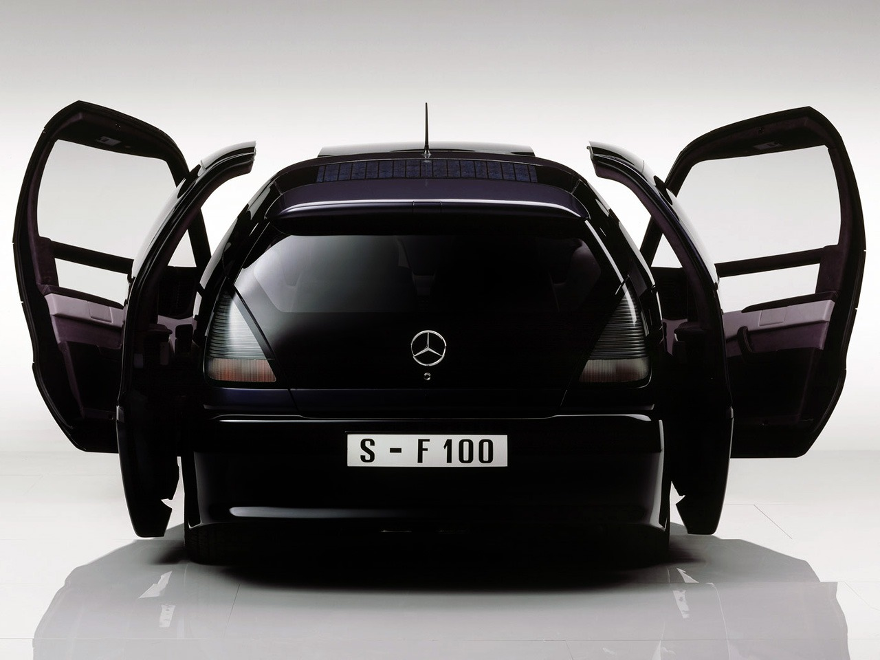 Motorcycle Dealer Near Me >> Mercedes-Benz F100 Concept (1991) - Old Concept Cars