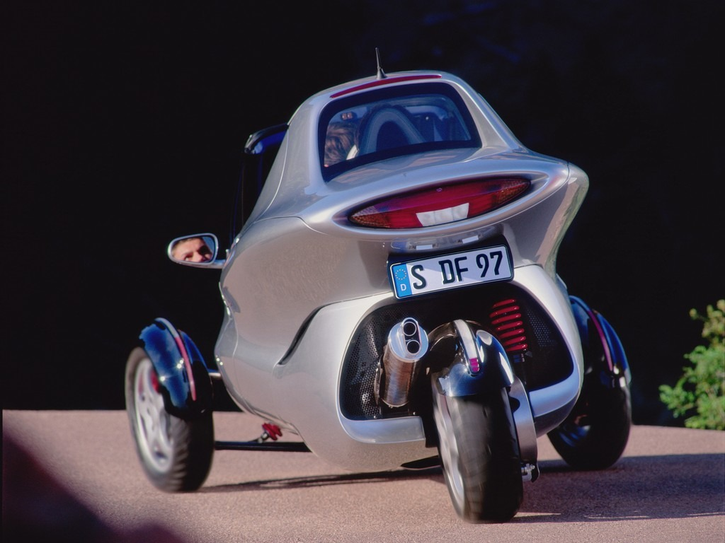 Mercedes benz f300 life jet concept 1997 old concept for Mercedes benz battery life