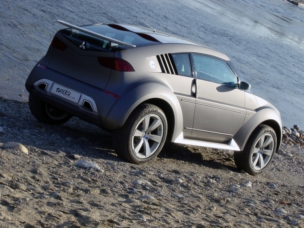 Mitsubishi Pajero/Montero Evolution Concept (2001) - Old Concept Cars