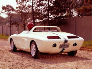 mustang_roadster_concept_car_2