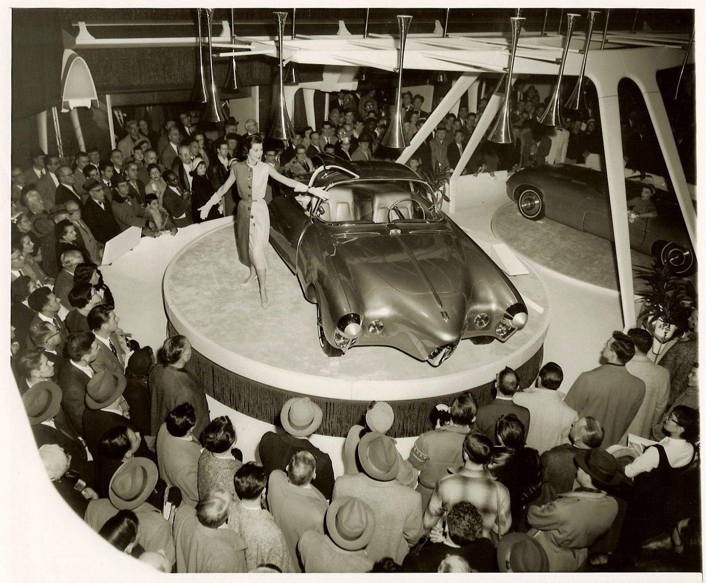 Suzuki Car Dealership >> Oldsmobile Golden Rocket Concept Car (1956) - Old Concept Cars