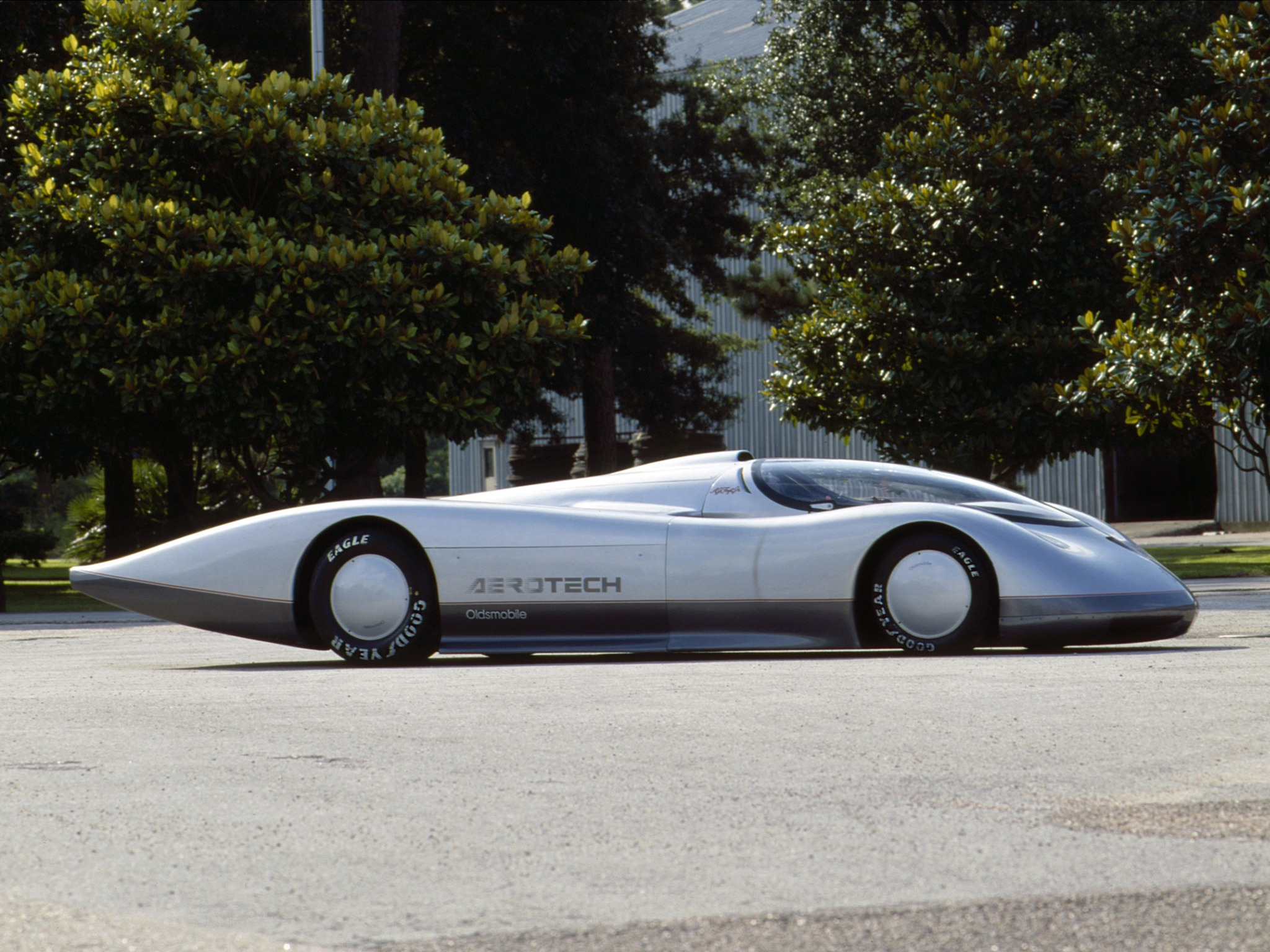 Oldsmobile Aerotech 1987 1992 Old Concept Cars HD Wallpapers Download free images and photos [musssic.tk]