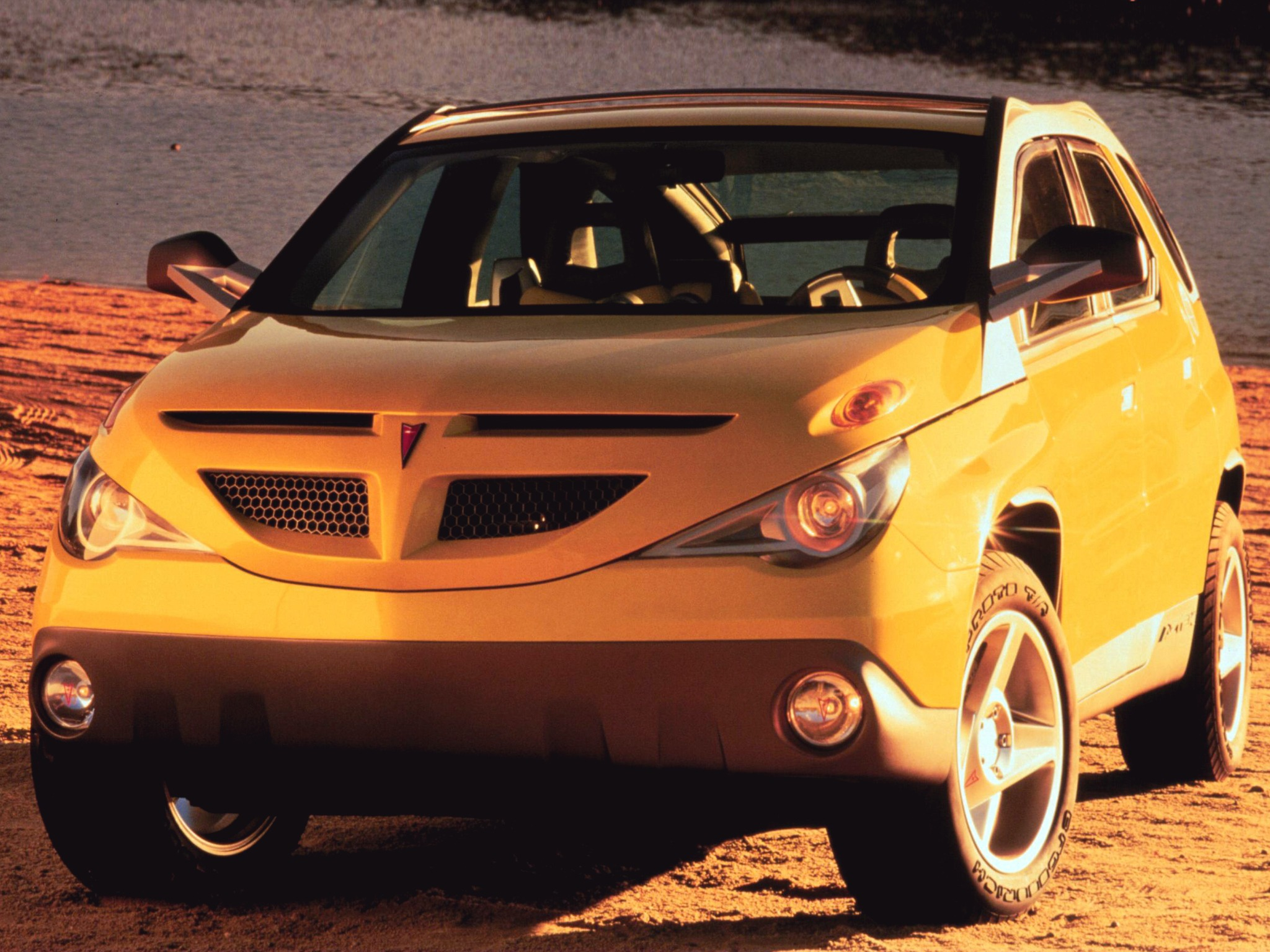 Pontiac Aztek Concept 1999 on mercury concept cars