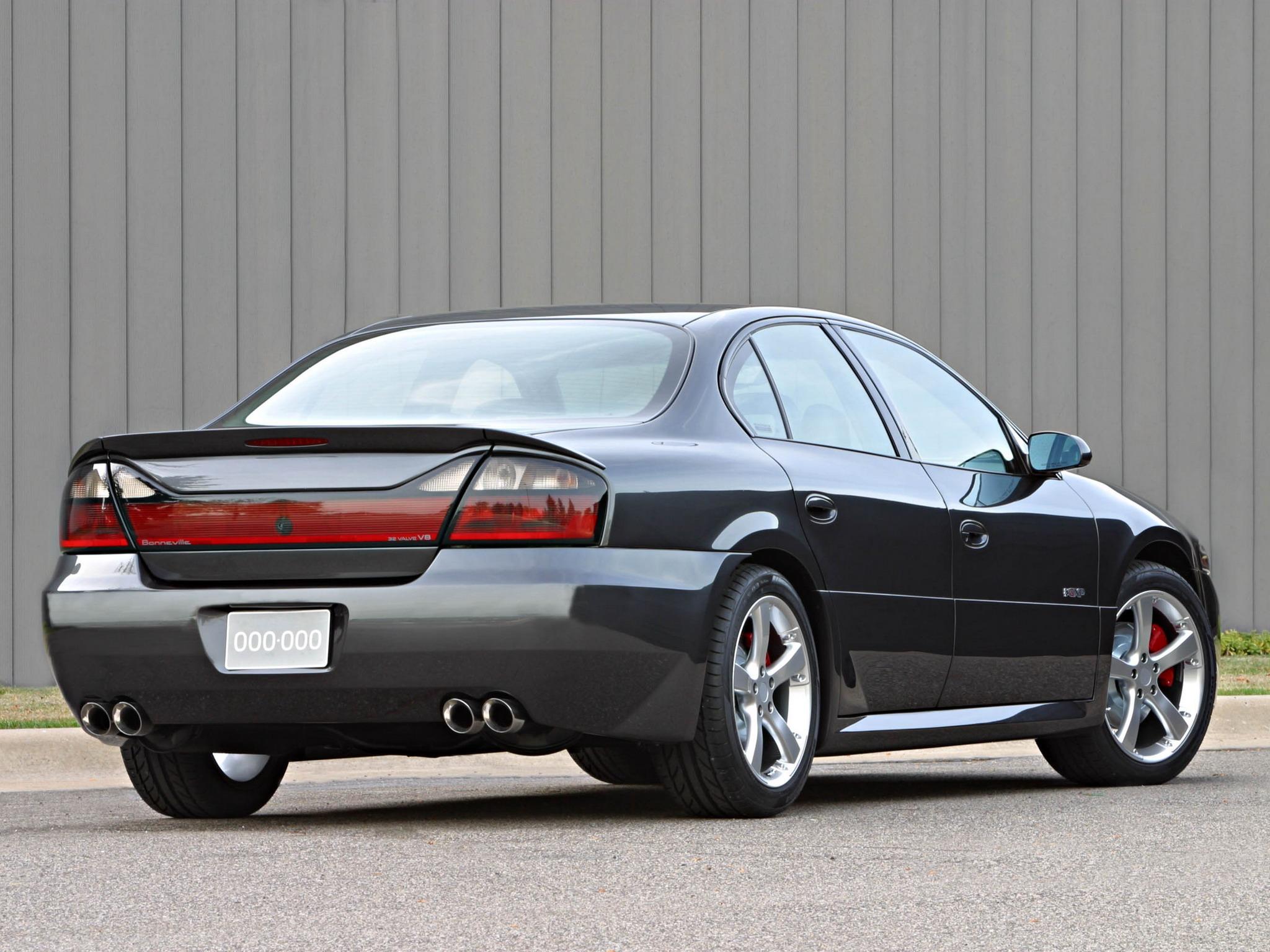Pontiac Bonneville GXP Concept (2002) – Old Concept Cars