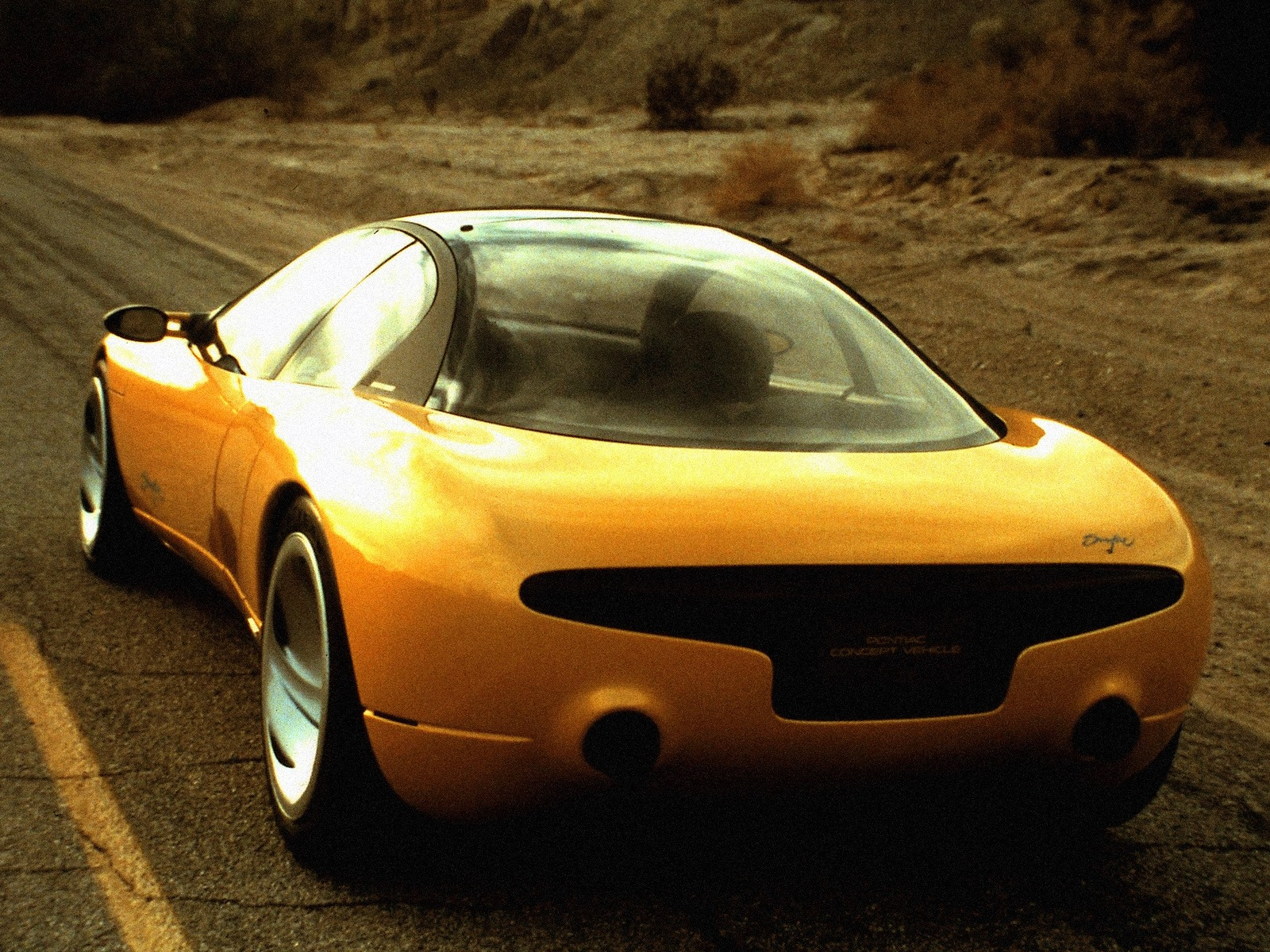 Top 10 Fastest Cars >> Pontiac Sunfire Concept (1990) - Old Concept Cars