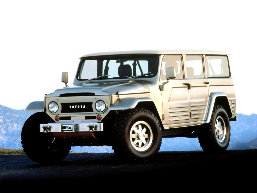 toyota land cruiser fj45 concept 2003 old concept cars. Black Bedroom Furniture Sets. Home Design Ideas